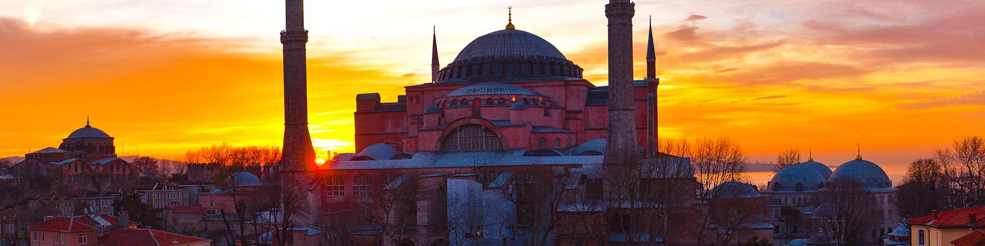 과거와 현재,동서양 섞인 매혹의 도시 이스탄불