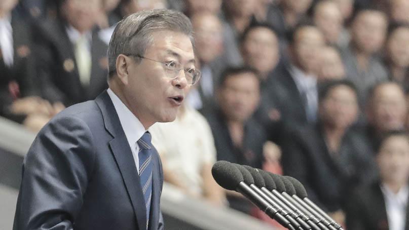 '평화 큰 걸음'…文대통령, 15만 평양 시민 앞 공개 연설