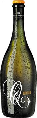 최근 국내 출시된 친친(QuinQuin) 스파클링 와인은 가볍고 톡 쏘는 듯하면서도 우아한 맛이 특징이다. / 아이앤제이와인 제공