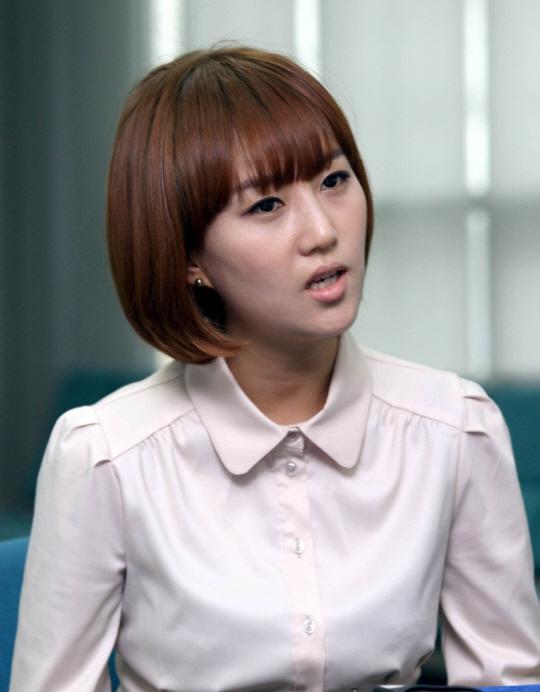 장윤정 안티사이트 운영자, 명예훼손 혐의로 경찰 조사 받아