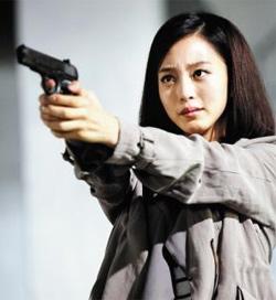 밤샘 촬영과 쪽대본 논란을 일으키며 주연 배우가'잠적 소동'까지 벌였던 KBS 드라마'스파이 명월(2011)' 사진