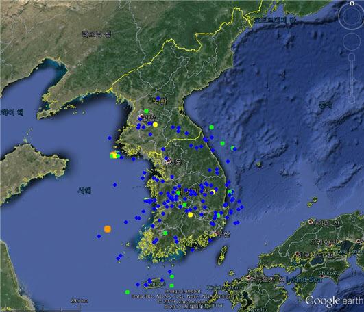 기상청은 올들어 한반도 일대에서 발생한 지진이 323건이라며 주요 지진 진앙지를 공개했다. 기상청 제공