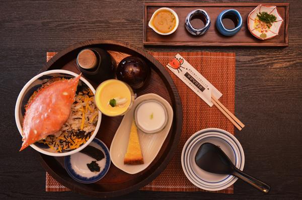 다케자키 게 요리의 모습.