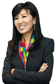 김만덕상 받은 여성 CEO, 송경애 SM C&C 대표