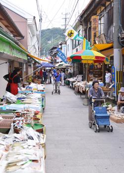 일본 3대 아침 시장 중 하나인 사가현의 '요부코 아침 시장'
