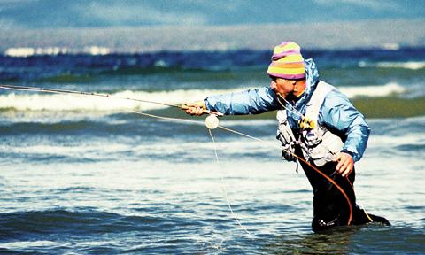 요즘 이본 쉬나드 회장은 암벽 등반보다는 낚시와 서핑을 즐긴다.