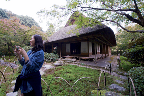 일본 사가현 간자키시에 있는 '쿠넨안'은 일 년에 9일만 개방하는 '신비의 정원'이다.