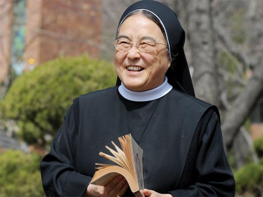 [여성조선] 이해인 수녀가 보내온 희망 인사