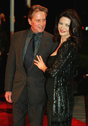 할리우드 스타 부부인 마이클 더글라스와 캐서린 제타 존스.