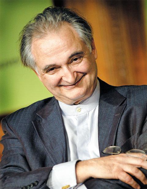 유럽 최고의 미래학자 겸 경제학자인 자크 아탈리.
