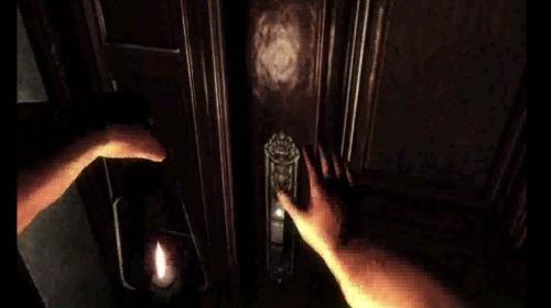 오큘러스 DK2를 통해 바라본 게임 영상. 실제 직접 문을 여는 것 같은 선명한 화질이 몰입도를 끌어올렸다.
