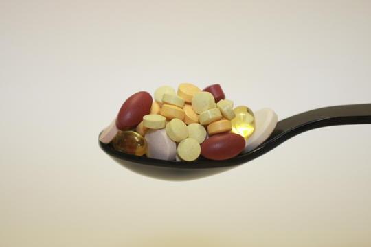 비타민 알약