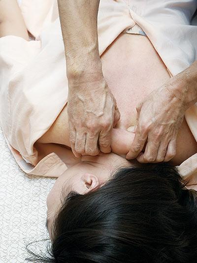 서태후 피로회복을 위해 환관이 매일 해 준  '황제안마법'