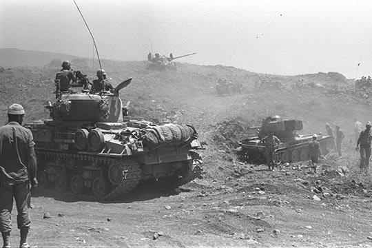6일 전쟁 당시 골란 고원으로 진격하는 이스라엘 기갑부대.