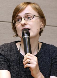 지난달 28일 서울 한국어문회관에서 열린 학술강연회에서 폴란드인 아그네스카 상보르스카씨가 강연하고 있다