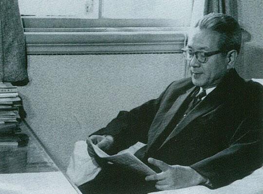 1961년 반도호텔 집무실에서 장면 총리.