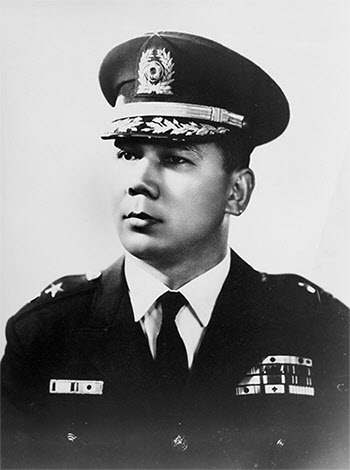 최고위원 시절의 박태준 준장. 1963년 12월에 소장으로 예편한다.