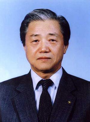 1987년 RIST 초대 원장 시절의 김철우 박사.