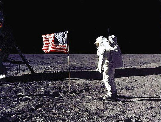 1969년 인류역사상 처음 달에 착륙한 아폴로 11호./NASA