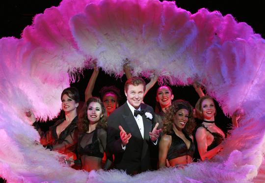 오는 6월 국립극장 해오름극장에서 12년 만의 내한 공연을 갖는 해외 공연팀의 뮤지컬 '시카고' 중 한 장면