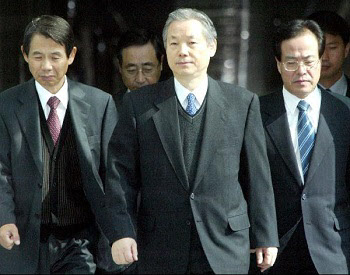 40대 민정수석 위에 70대 이명재 민정특보를 앉힌 이유는… - 조선일보 > 사회