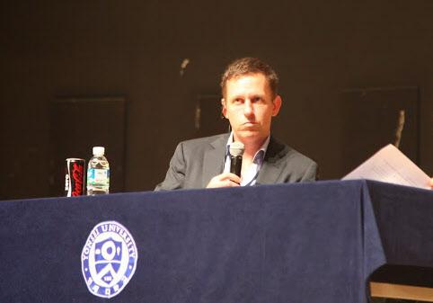 페이팔 공동 창업자인 피터 틸 팰런티어 테크놀로지 회장은 24일 서울 연세대학교에서 열린 강연회에서 '창조적 독점'을 주제로 강연했다. /강한웅 인턴기자
