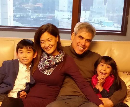 조너선 하이트와 그의 가족들