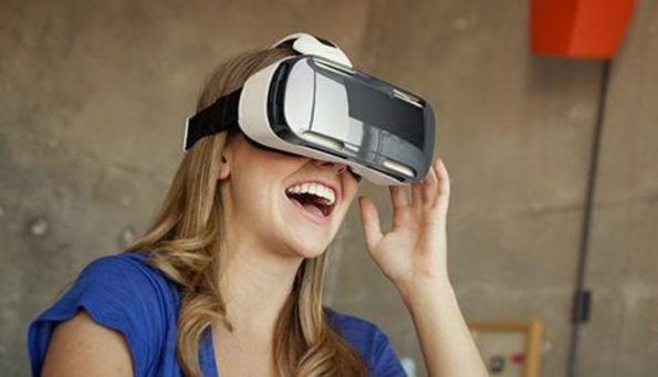 삼성전자, 가상현실 헤드셋 '기어 VR' /삼성전자 제공