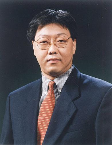 정주영 회장의 막내 아들 정몽일 회장이 갑자기 은퇴한 사연