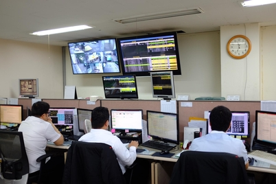 로지시스 서울 본사 직원들이 관리 중인 ATM·CD 기기를 실시간 감시하고 있다.