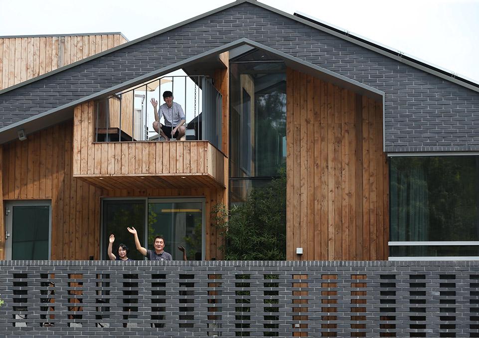 나무집 품은 벽돌집, 분당 '캥거루 하우스' : 네이버 블로그