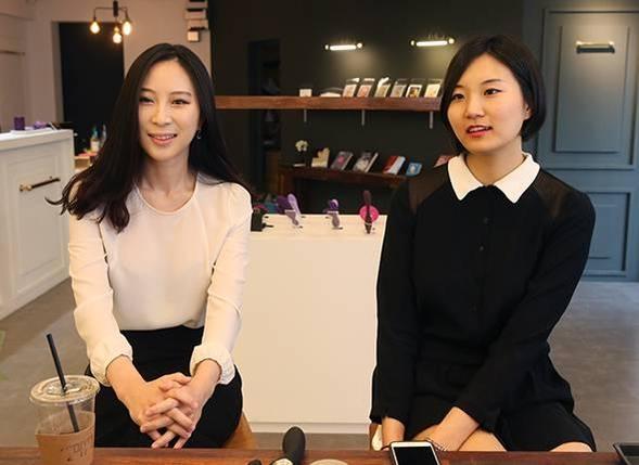 사진 왼쪽부터 곽유라, 최정윤 플레져랩 공동 대표 / 오종찬 기자