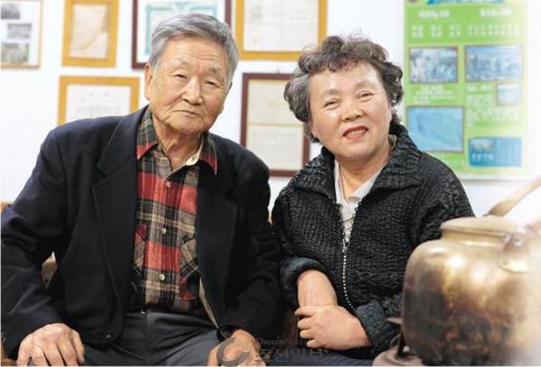 덕포진에 박물관을 세운 김동선·이인숙 부부 사진