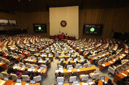 47년 만에 '종교인 과세' 합의…'본회의 투표·2년 유예' 변수