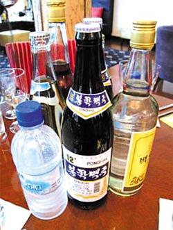 북한 봉학 맥주 사진