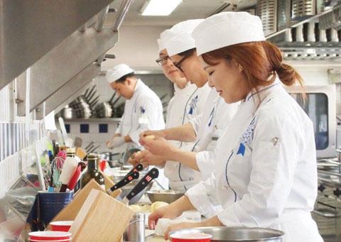 프랑스 요리 학교 '르코르동 블루'는 전 세계 20개국에 흩어진 35개