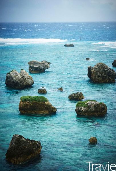 화장품 광고의 배경으로 등장해 국내에도 잘 알려져 있는 히가시헨나자키. 일본의 100대 절경 중 하나이기도 하다