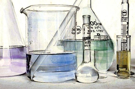 한국화학시험연구원 김포연구소에서 연구원들이 환경유해물질인 석면 여부를 분석하기 위해 여러 샘플을 채취 후 분석하고 있다./사진=조선일보DB