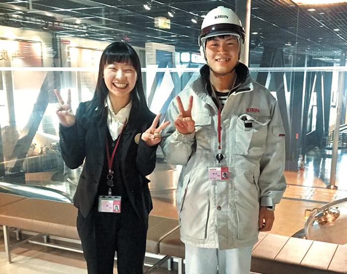 취업 족쇄 보란듯이 깼다… 지·여·인들의 유쾌한 반란… 한국선 20곳 넘게 낙방… 미국계 회사선