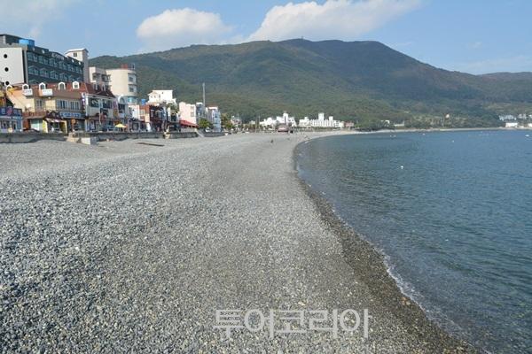 학동 몽돌해변