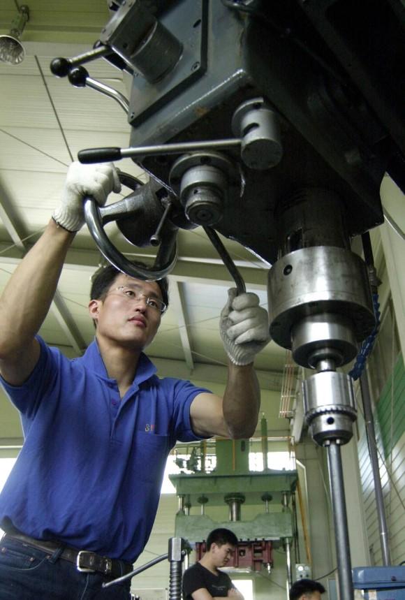 월소득 1위, 월평균 750만원 받는 대기업 취업률 87%의 자격증-금형기술사 편