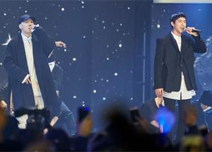 지난달 MBC '무한도전'이 기획한 역사 특집에서 윤동주를 랩으로 형상화한 '당신의 밤'을 부르고 있는 래퍼 개코(왼쪽)와 아이돌 멤버 황광희.