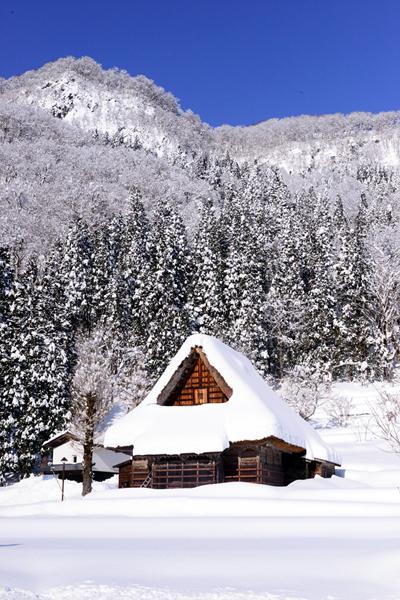 겨울왕국 부럽지 않은 동화 속 마을, 아이노쿠라 갓쇼즈쿠리