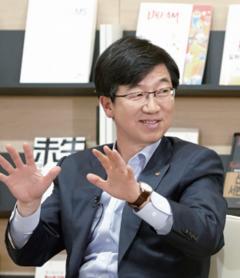 """박성욱 SK하이닉스 부회장 """"3년간의 시스템 반도체 공부, 결과는 불만족"""""""