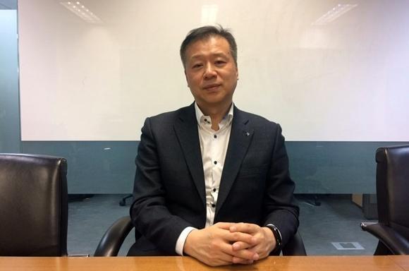 김주영 변호사와 서울 서초구에 위치한 법무법인 한누리 사무실에서 인터뷰를 가졌다./이정민 기자
