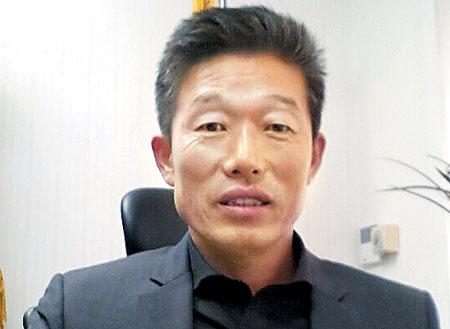문명고 김태동 교장