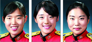 (왼쪽부터)이은애, 김미소, 이효진.