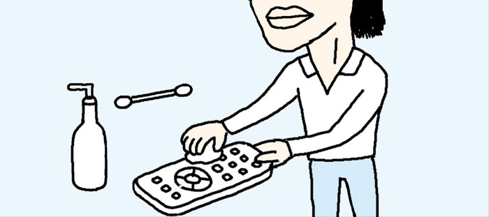 [리빙포인트] 리모컨 닦을 땐 손 세정제로