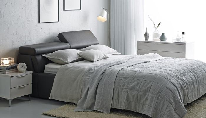 침대에서 독서, 영화 감상 등을 즐기는 이들을 위한 침대 '밀로'.
