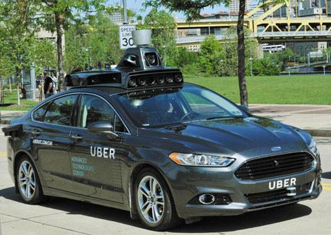 세계 최대 차량 공유업체 우버가 미국 피츠버그에서 시범 운행하고 있는 자율주행 택시.